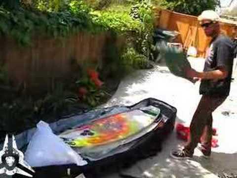 Dan Gudauskas - How to pack a surfboard bag