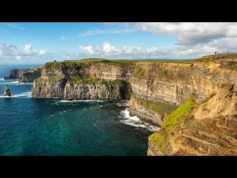 Visit Ireland's highlights with Dublin's leading day tour company!