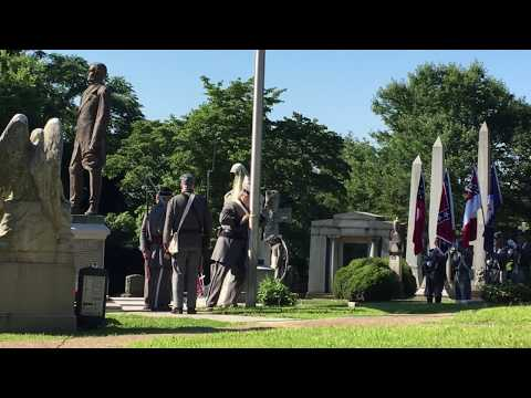 Raising the Confederate Flag to begin the 2017 Jefferson Davis Program