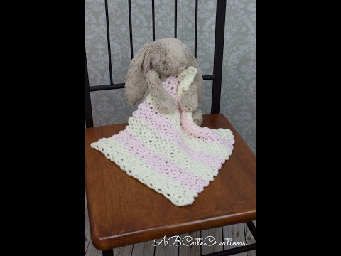 Easy Baby Blanket Tutorial