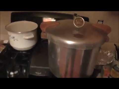 Picking Apples, Making Applesauce, Pressure Canning Applesauce Vlog 10-1-14