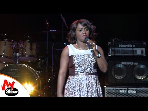 AY LIVE IN LONDON   HELEN PAUL    Cover