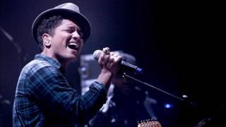 Bruno Mars Liquor Store Blues Acoustic Live Rare Version 2011