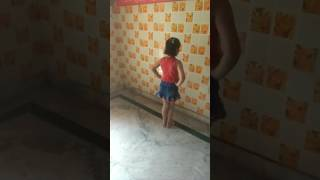 Small girl dance on cham cham song
