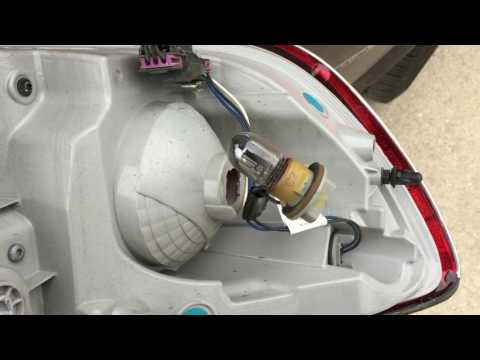How to replace turn signal bulb in Buick Enclave