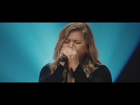 Kelly Clarkson - Whole Lotta Woman [Nashville Sessions]