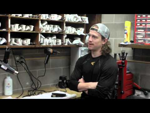 SCSU Men's Hockey Team Let's Hair Flow For A Cause