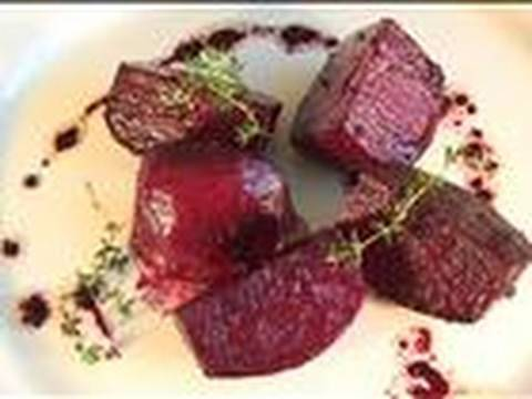 How To Make Balsamic Roasted Beetroot With Garlic And Thyme