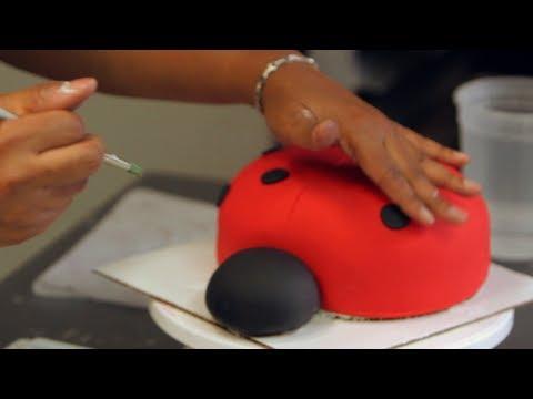 How to Add Polka Dots to a Ladybug Cake | Birthday Cakes
