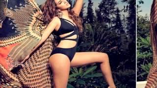 Kiara Advani HOT Photoshoot Swimsuit !