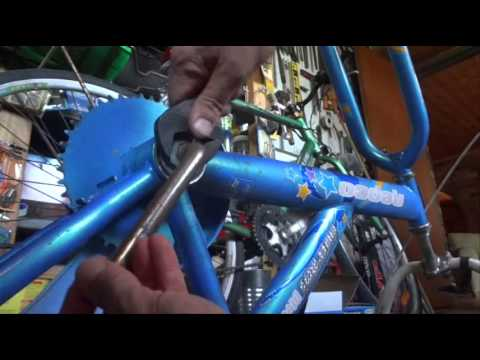How to Remove a One-Piece Crank from a Bicycle / Bike - Step by Step Instructions