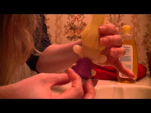 How to clean vintage dolls (troll hair)