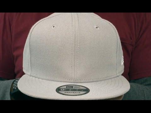 05c91b06eb5 Yankees  SILVER METAL-BADGE SNAPBACK  Black Hat by New Era - 100 ...