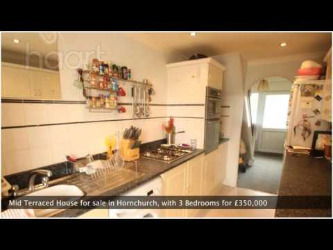 Mid Terraced House for sale in Hornchurch for £350,000