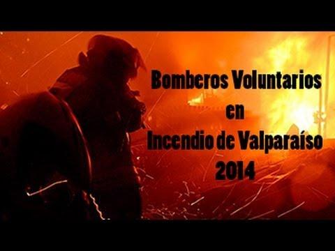 Bomberos Voluntarios en Incendio de Valparaíso 2014