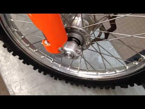 How to Install a KTM/Husaberg Front Axle