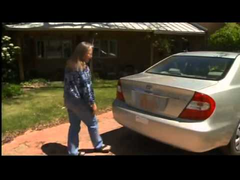 Car thieves swapping license plates