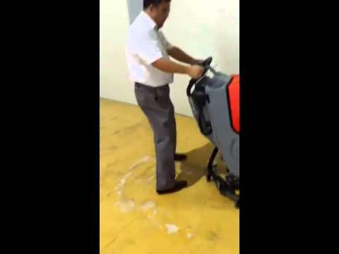Polyurethane Floor Cleaning