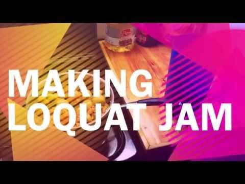 Making Loquat Jam