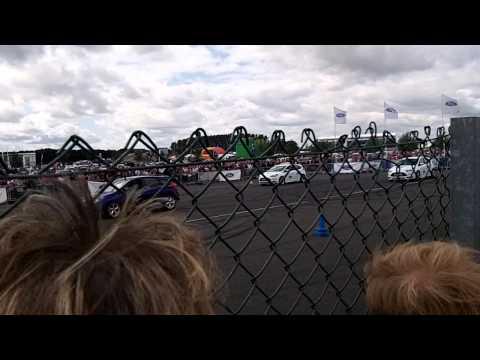 Paul Swift Stunt Driving Ford Fair 2014 (3)