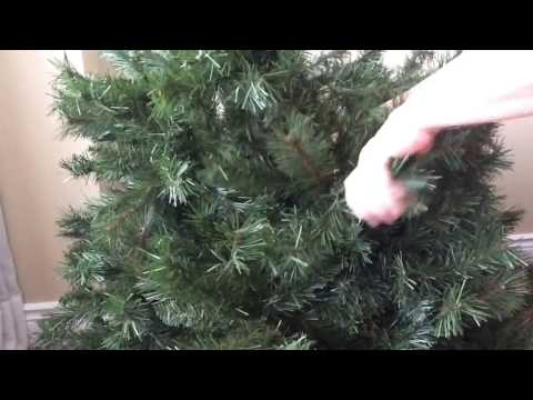 Folding up your artificial Christmas tree
