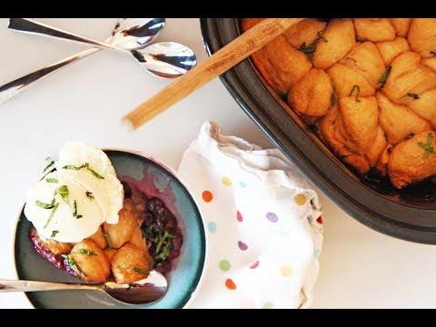Slow Cooker Biscuit Berry Cobbler
