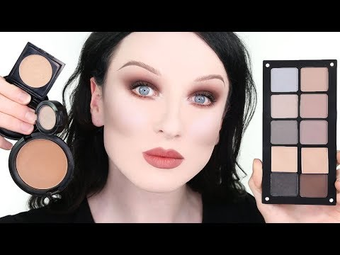 CONTOUR FOR PALE SKIN  |  John Maclean