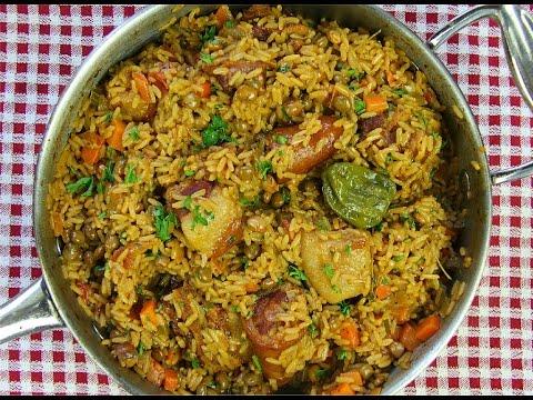 Traditional Pigtail Pelau #TastyTuesdays | CaribbeanPot.com