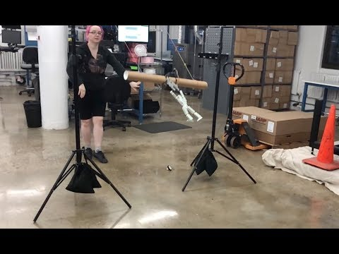 Robot trapeze with CRICKIT @adafruit #adafruit #CRICKIT #robots