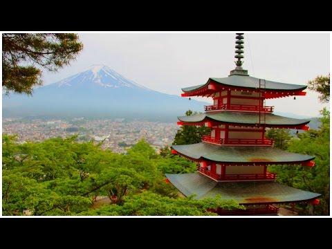 Living in Japan: Mount Fuji & Lake Kawaguchiko Day 1 Part 2 The Chureito Pagoda