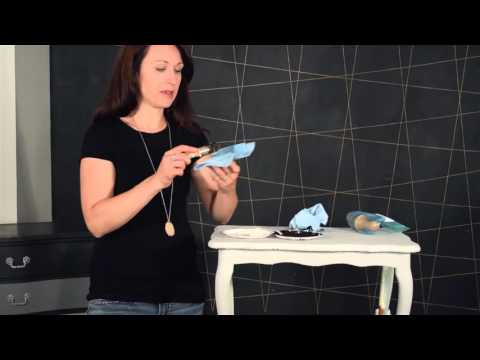 Quick Tips: Cleaning Your Wax Brush