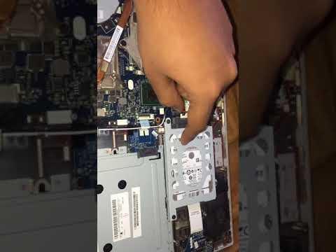 Battery removal of Lenovo z500