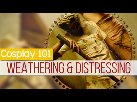 Cosplay 101: Weathering and Distressing Fabric || MangoSirene