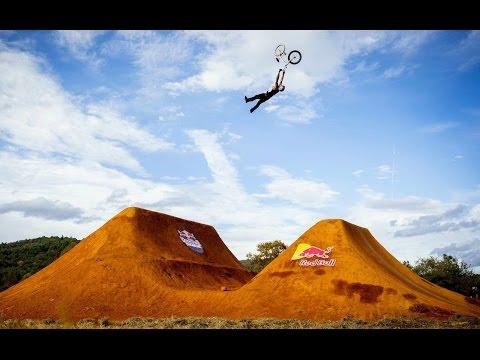 Top 5 BMX tricks from Red Bull Dreamline 2014