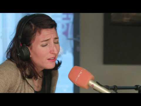 Hannah Georgas Enemies live & acoustic @ radioeins