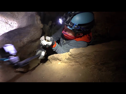 Claustrophobic II: The Spanish Hole