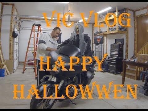 Spooky Halloween Garage