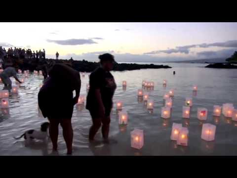 Floating Lanterns for a Love One | Hawaii