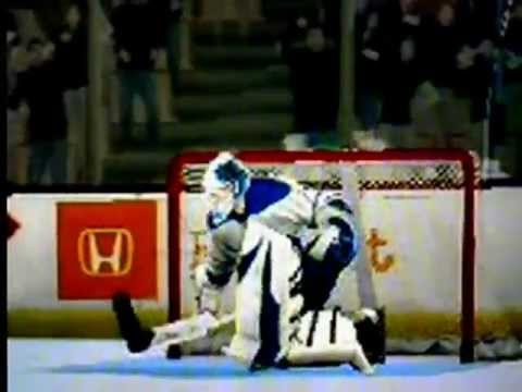Brandon McMillan's Game-winning Goal (NHL 2K11)