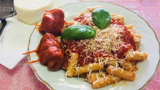 Pasta Grannies make 'pizzicariedd'i macaroni with beef rolls