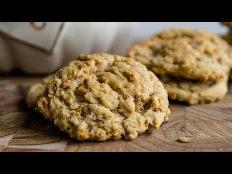 Crunchy Peanut Cookies | July Cookie of the Month
