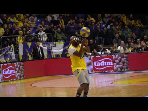 Xxx Mp4 Paly Odimboleko Performing During A Euroleague Game 3gp Sex