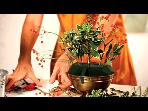 How to Cut & Structure Foam Arrangement | Wedding Flowers