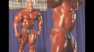 Phil Heath Posing AFTER Hernia Surgery