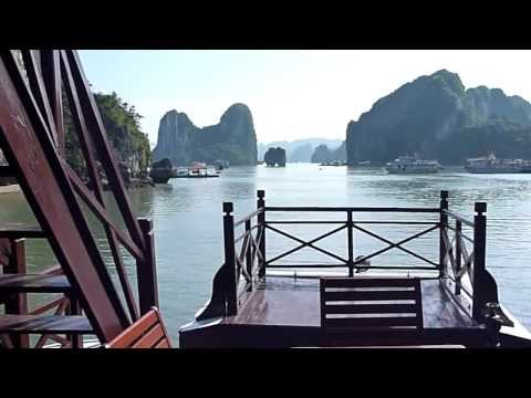 Ha Long Bay Junk Boat Trip - Vietnam
