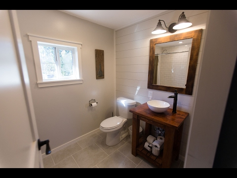 Bathoom Shiplap and Paint – And it's Done!