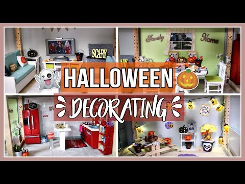 DECORATING MY DOLLHOUSE VLOG! | Halloween and Fall Dollhouse Decorating