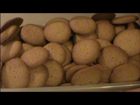 Homemade Vanilla Wafers