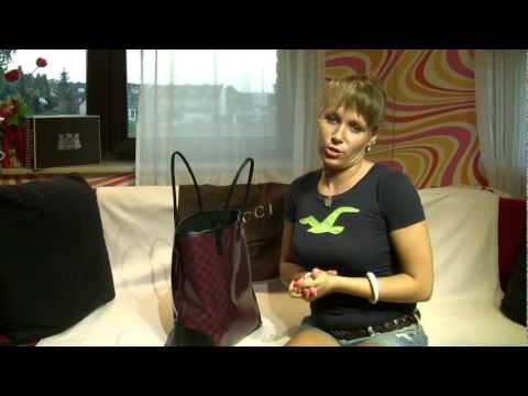 Review Gucci Signature Crystal GG Monogram Tote Handbag Burgundy english