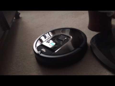 Demonstration of the  iRobot Roomba 980.